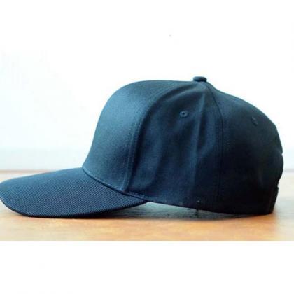 帽子型隠しカメラ