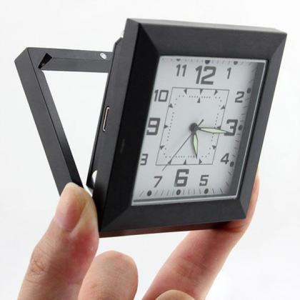 目覚まし時計型カメラ
